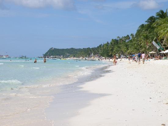 La Reserve Beach Hotel: plage