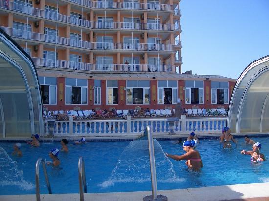 Hotel Entremares BioBalneario Marino: piscina climatizada