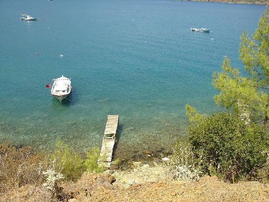 Margarita Hotel: A short walk from the Margarita to a small beach