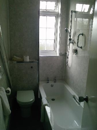Bowburn Hall: Bathroom