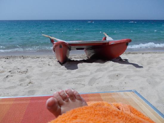 Le Zagare: Spiaggia dell'hotel (spiaggia Campus)