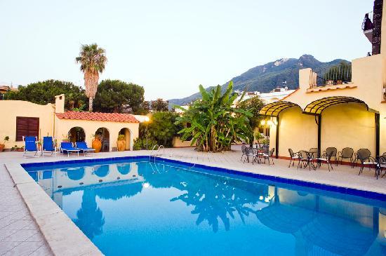 Hotel Terme Principe: Piscina esterna