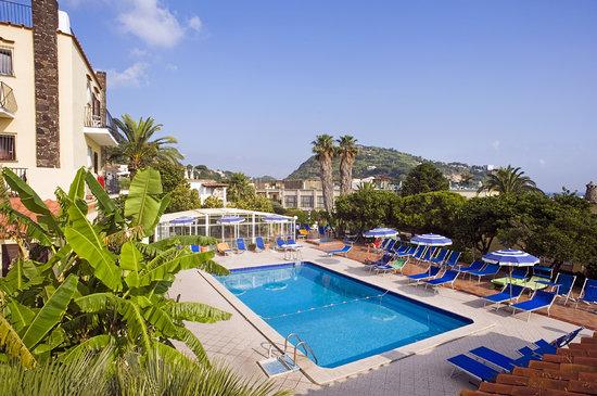 Hotel Terme Principe: Veduta dell hotel
