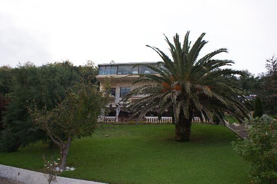 Mirador de Ulia: Vista desde su jardin