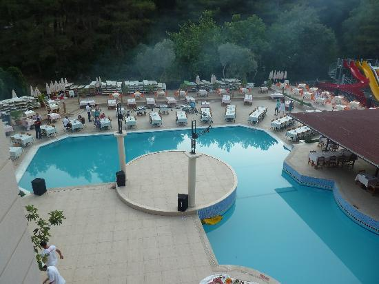Hotel Pine Valley: Main pool