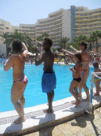 Riadh Palms Hotel: LA MEILLEURE PHOTO AVEC LE MEILLEUR ANIMATEUR !! & LE RESTE N'EN PARLONS PAS !
