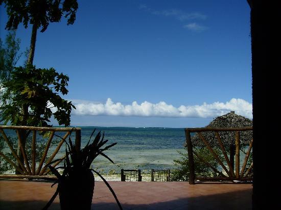 Mbuyuni Beach Village: Ausblick Speisesaal