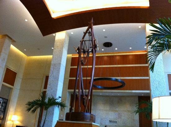 The Westin Alexandria: Reception area