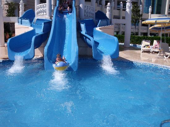 Pomorie, บัลแกเรีย: Hotel slides