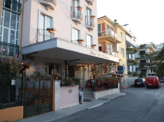 Hotel La Palazzina: entree