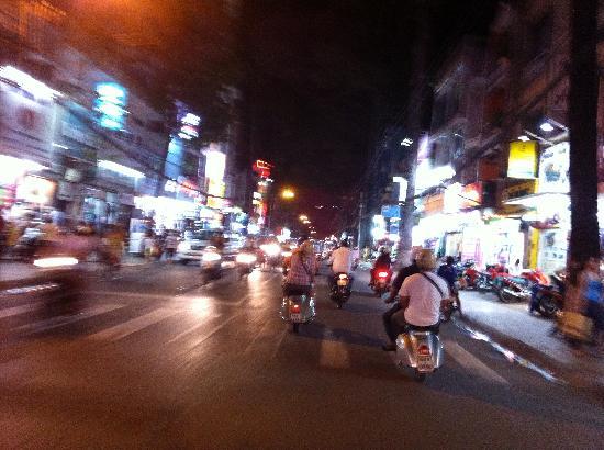 Vespa Adventures: Saigon by night