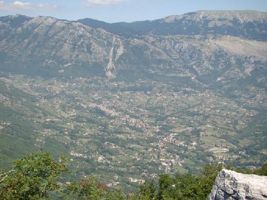 Agriturismo La Roccia : Panorama dall'alto