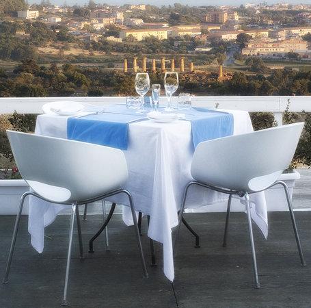 Akropolis Restaurant: Akropolis Giardino estivo