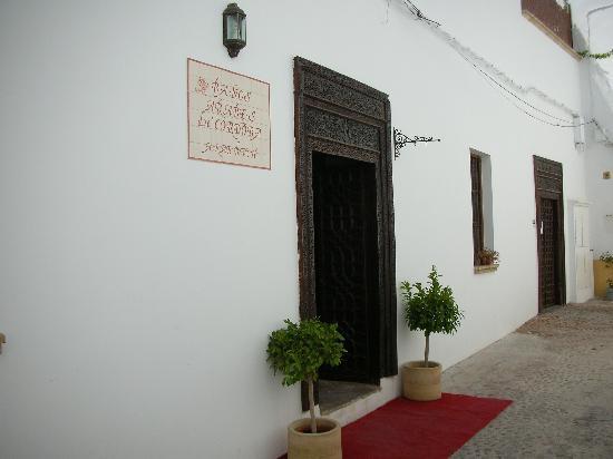 Banos Arabes de Cordoba: L'ingresso dell'hotel, nel cuore della Juderia