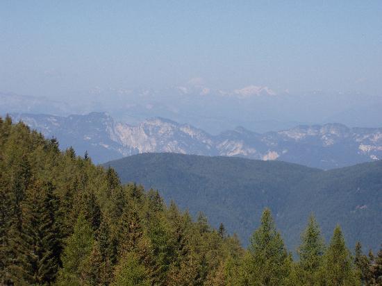 Hotel Tirol: Panorama durante un'escursione nei dintorni...
