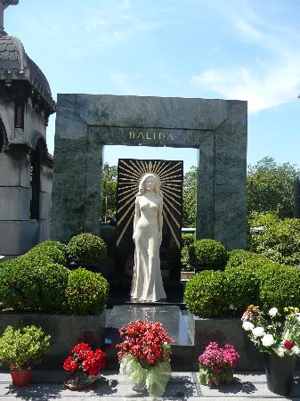 Paris, Prancis: Tomba di Dalida