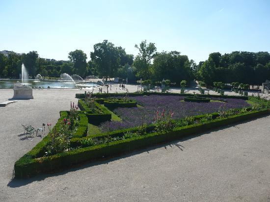 Jardins des tuileries foto de jardin des tuileries for Jardin jardin tuileries