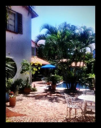 Casa Fantasia: courtyards