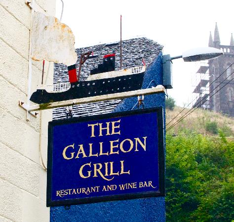 Galleon Grill Sign