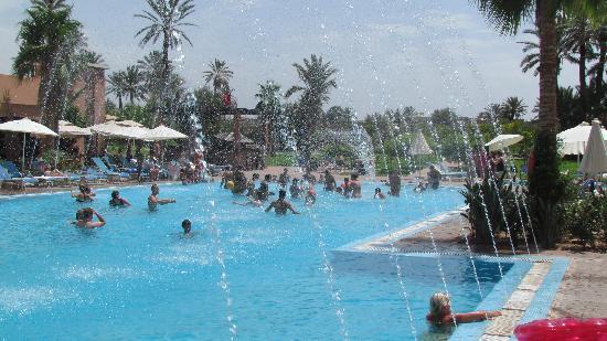 Atlas Targa & Resort: Pool Fountains