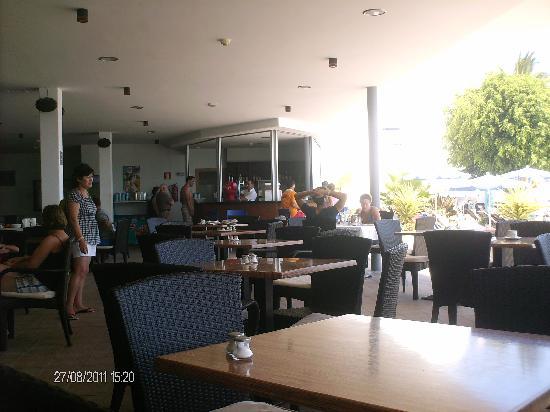 Hotel Lanzarote Village: bar piscina