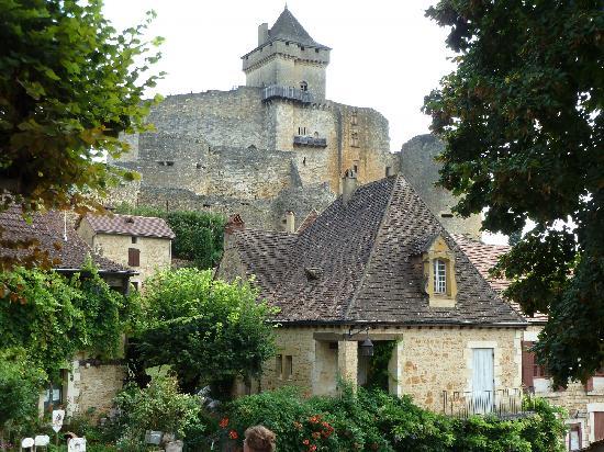 Sarlat-la-Canéda, França: Chateau de Castelnau.