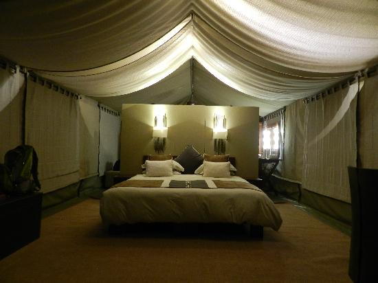 Naboisho Camp, Asilia Africa : Evening view of bedroom