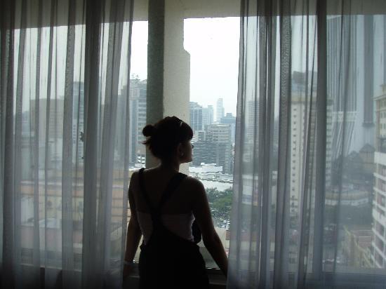 โรงแรมเดอะไฟฟ์ อิลิเม้นท์ส: 13th floor