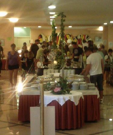 Mimosa - Lido Palace: Essen und Auswahl gut, jedoch wenig vorhanden