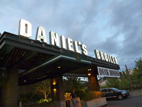 Daniel S Broiler Lake Union Seattle Restaurant Reviews Phone Number Photos Tripadvisor