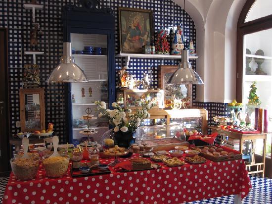 Maison La Minervetta: Breakfast buffet