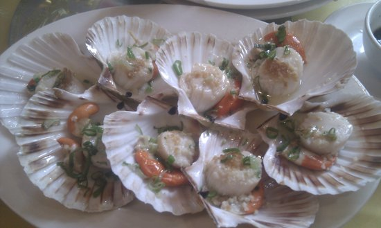 New China London  Restaurant : Steamed clams