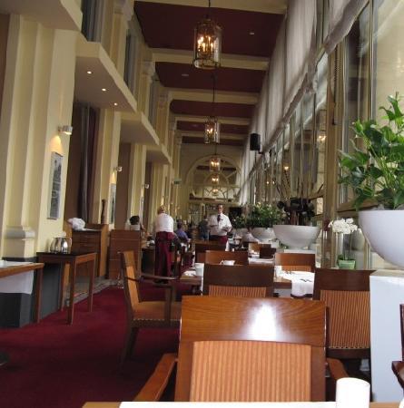 Dom Hotel Koeln: inside the restaurant