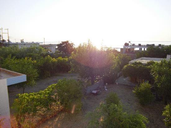 Salora Studios-Apartments: veduta mare dal terrazzo