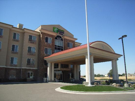 Holiday Inn Express Hotel & Suites Ontario: Hotel