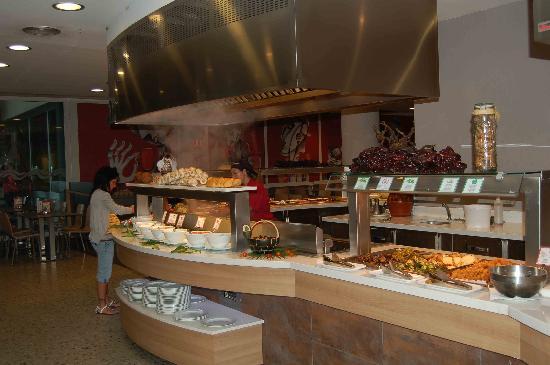 Caprici Verd: Un des buffets...