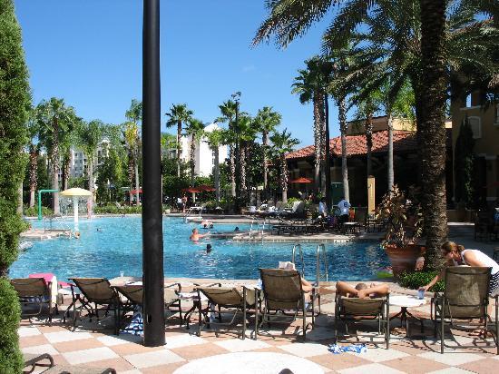 Floridays Resort: Pool Area