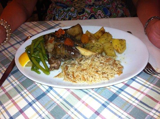 Dama Dama Taverna: Lamb Shank special