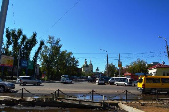Irkutsk Hostel: Church close to Bus Station (Aftobus Vokzhal)