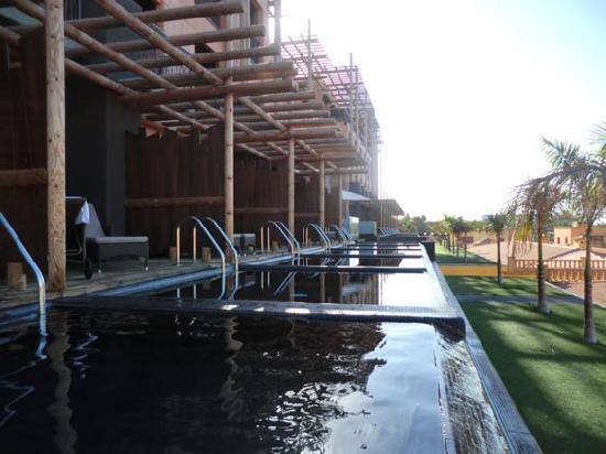 Lopesan Baobab Resort : Piscina privada habitacion 0180