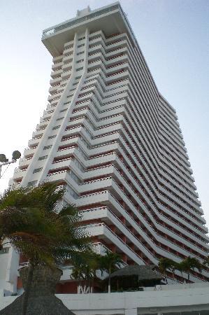 Gran Plaza Hotel Acapulco: Vista Desde La Playa