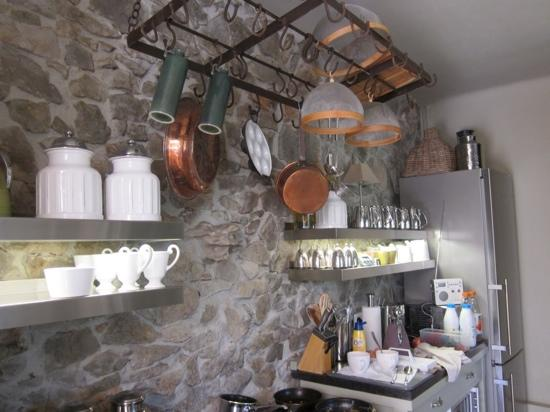 Maison 9: main kitchen