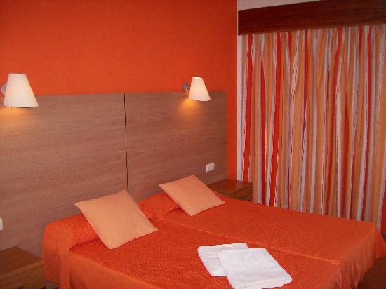 Hotel JS Alcudi-Mar: Zimmer