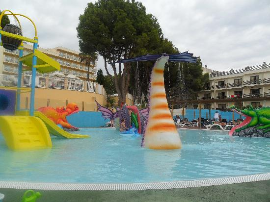 AluaSun Torrenova: Splash pool