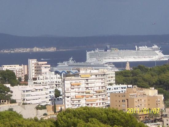 BQ Belvedere Hotel: View of Palma Bay