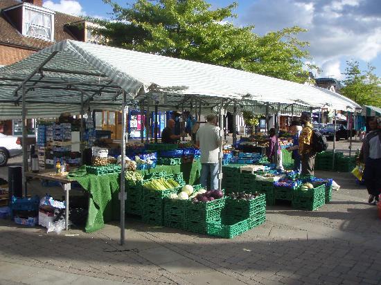 "Grange Hotel : ""Saturday Market"" along High Street in Crawley"