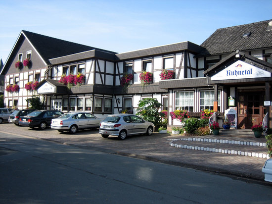Wellness-Gasthof-Cafe Nuhnetal : Aussenansicht