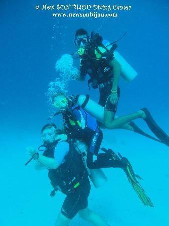 New Son Bijou Diving Center: having fun under the water - www.newsonbijou.com -