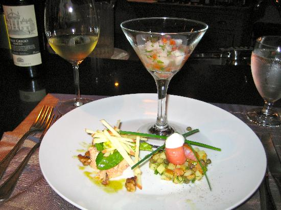 Carte Blanche Restaurant: Ceviche, crab and salmon salads