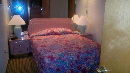 Crystal Beach Suites Hotel: Gutes schlafen
